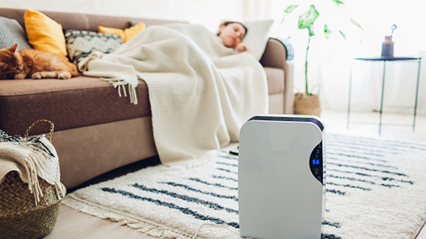 Advantages-of-Using-a-Humidifier-While-Sleeping-on-99insight